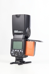 Im Lieferumfang des Modus 600 RT ist ein starker Aukku und das passende Ladegerät dabei.