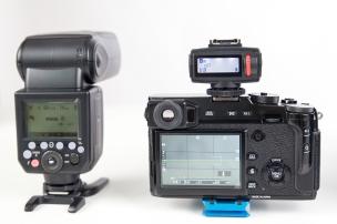 Mit dem Viper TTL Transmitter können die Blitzgeräte per Funk gesteuert werden.